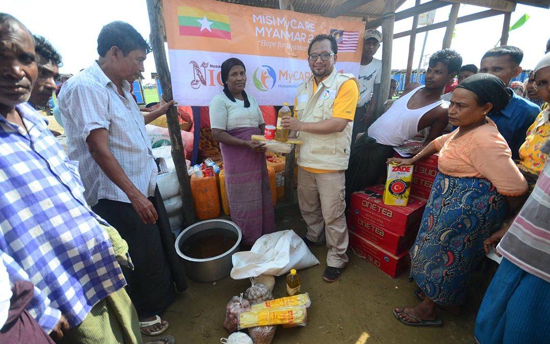 Bantuan disampaikan kepada pelarian Rohingya
