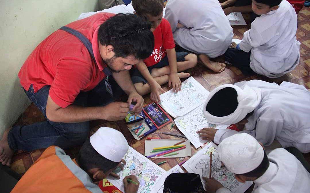 Sehari bersama anak-anak yatim Rohingya