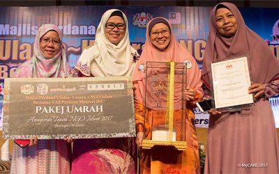 Dr. Fauziah dianugerah Tokoh NGO Islam