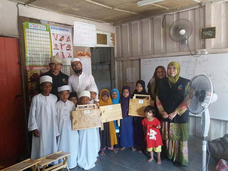 Sumbangan kepada para pelajar tahfiz Rohingya