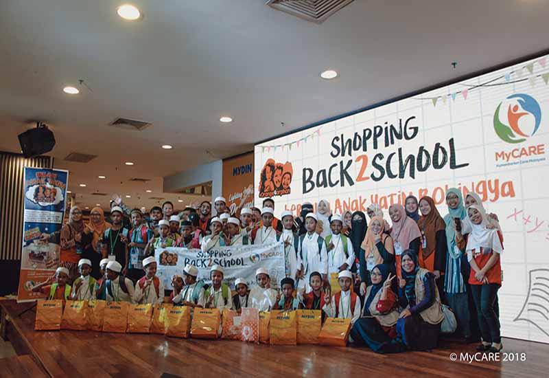 Shopping Back2School bersama anak yatim Rohingya