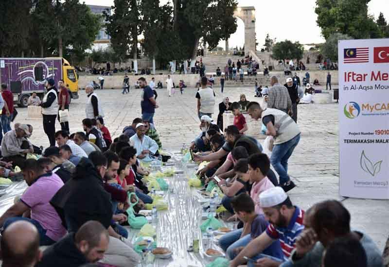 Iftar Jamaie di Masjidil Aqsa