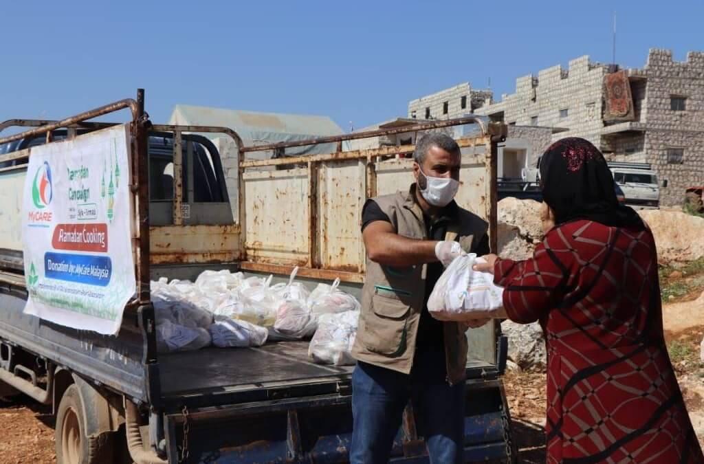 Pek makanan untuk IDP di Bardqaly